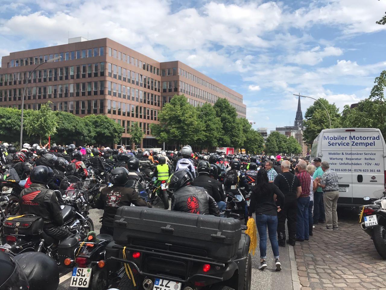 MoGo 2017 Motorrad-Konvoi nach dem Gottesdienst